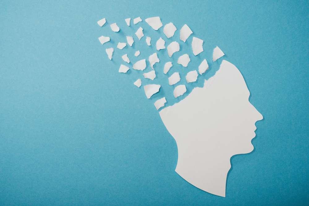 Витамины для мозга, внимания и памяти взрослым, для школьников и детей: обзор лучших препаратов и продуктов